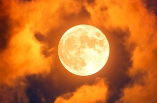 The Full Moon In Aries Of October 1, 2020