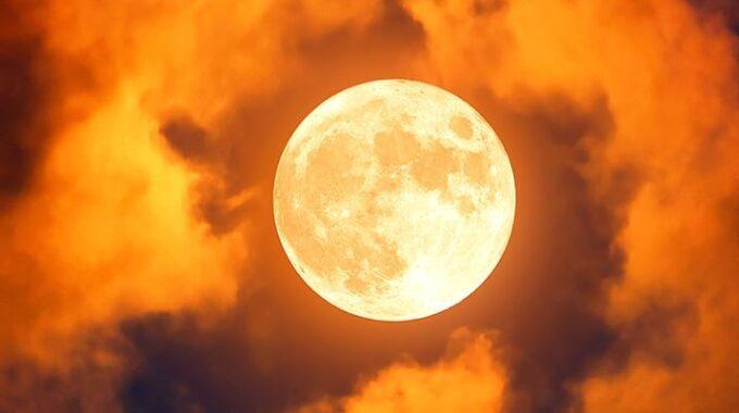 Volle Maan In Ram 01 10 2020